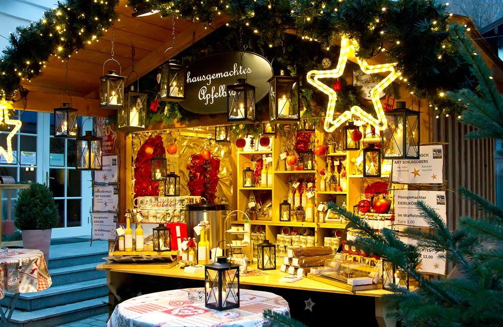 Stilvolle Weihnachtszeit in St. Gilgen am Wolfgangsee WolfgangseerAdvent-WannsdumperwirdimDorf Winter